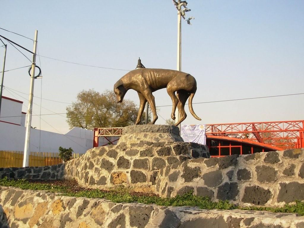 Statue des Straßenhundes