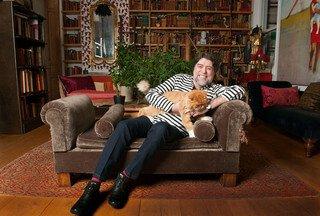 Joaquin Sabina und die Liebe zu den Katzen