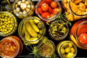 Dürfen Hunde eingemachtes Gemüse essen?